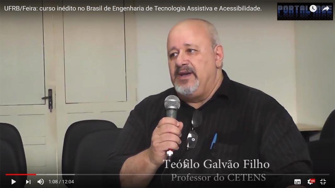 Imagem do vídeo da entrevista com o Prof. Teófilo Galvão Filho, do CETENS/UFRB