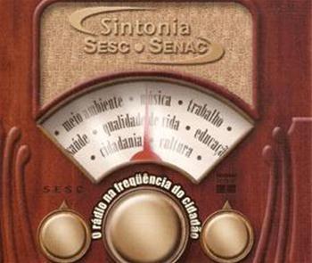 Imagem de um rádio antigo: Sintonia Sesc Senac - O rádio na frequência do cidadão
